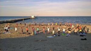 Attività sportiva sulla spiaggia di Marina Romea